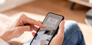 Menschen mit klinisches Portal eingeschränkter Mobilität im Telemedizin-Dienste